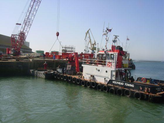 Un regard vers la digue la p rouse m moires du port de - Surplus militaire brest port de commerce ...